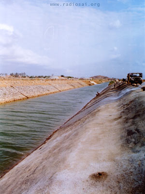 Construction and Lining of the Canals