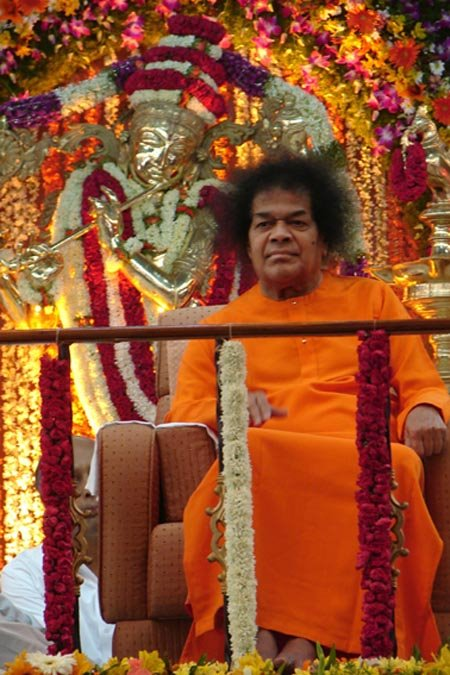 Sathya Sai Baba Miracles - The Kailas Committee